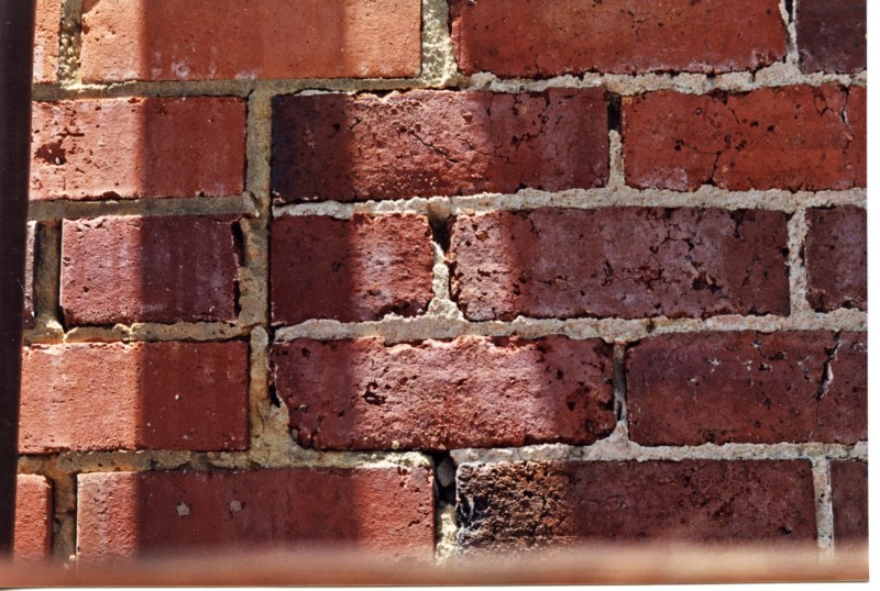colonial-tuckpointing-brick-mortar-repointing-before-after-set-01-1