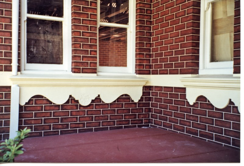 colonial-tuckpointing-decorative-window-sills-and-aprons-before-after-set-03-2