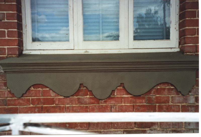 colonial-tuckpointing-decorative-window-sills-and-aprons-before-after-set-04-2