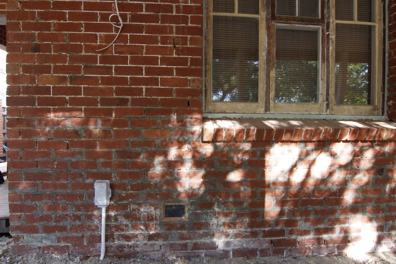 colonial-tuckpointing-tuckpointing-before-after-image-set-03-2-jpg